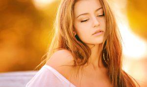 12 Akne Behandlungen, die wirklich helfen