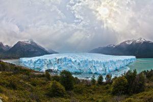 Sturzfluten bedrohen mehr Menschen als gedacht, da das Eis schmilzt